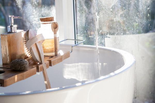Neues Waschbecken von PETER KRON Haustechnik in Hamburg